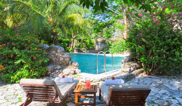 Hacienda San Jose, a Luxury Collection Hotel: Poolside