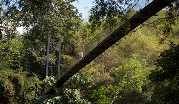 Four Seasons Tented Camp Golden Triangle: San Valley Bridge