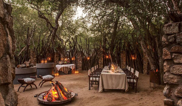 Dulini Private Game Reserve: Dining