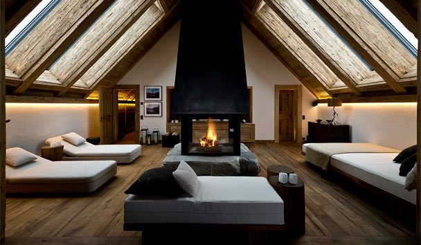 The Alpina Gstaad: Panorama Suite private spa