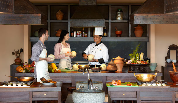 Anantara Golden Triangle, Cooking School