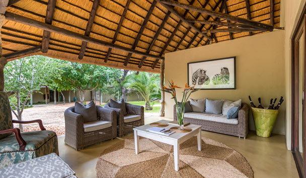 Makanyi Private Game Lodge: Seating Area