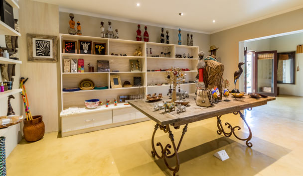 Makanyi Private Game Lodge: Curio Gift Shop