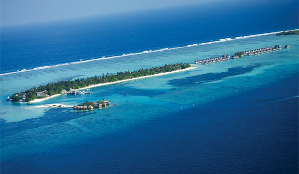 Four Seasons Resort Maldives at Kuda Huraa: Resort View