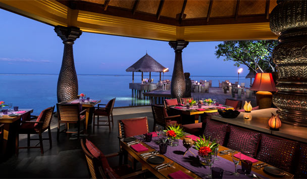 Four Seasons Resort Maldives at Kuda Huraa: Baraabaru Restaurant