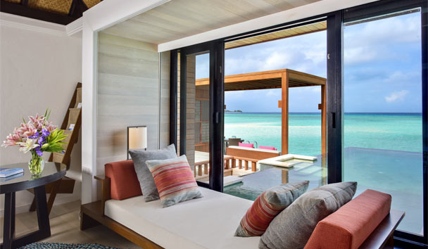Four Seasons Resort Maldives at Kuda Huraa: Pool Water Villa