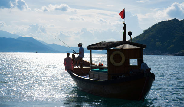 Wake up early and spend the morning with local fisherman cruising the scenic bay