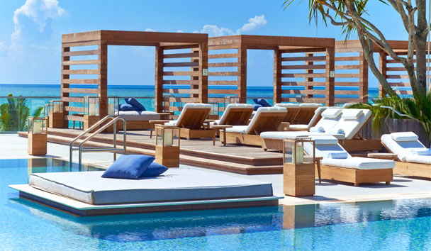 1 Hotel South Beach: Dune Cabanas By The Pool