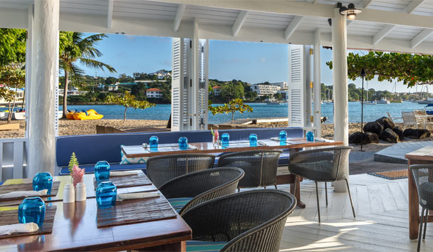 Calabash Luxury Boutique Hotel: Beachclub