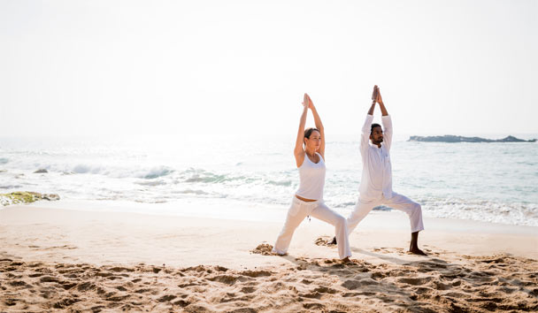 Anantara Peace Haven Tangalle Resort: Beach yoga