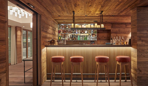 The Capra: Bar & Lounge