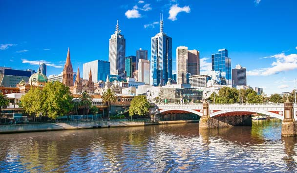 Australia, Melbourne Skyline View