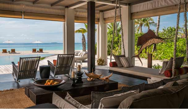 Four Seasons Private Island Maldives at Voavah: Beach House Library