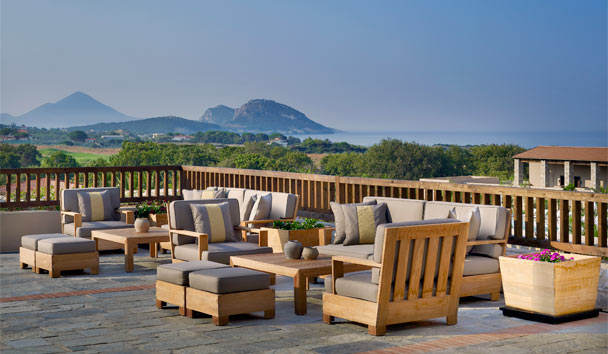 The Westin Resort, Costa Navarino: Lounge terrace