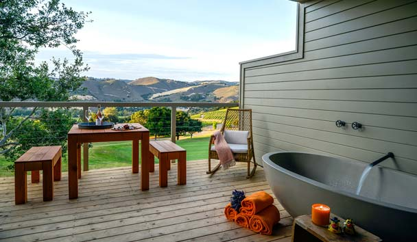 Carmel Valley Ranch: Vineyard Oak Studio With Tub