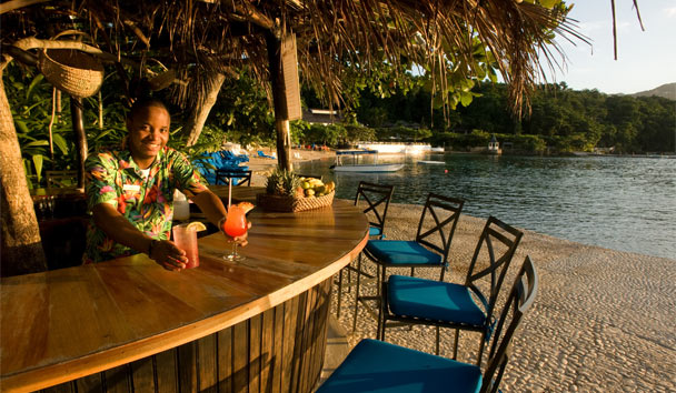 Round Hill Hotel and Villas: Beach Bar
