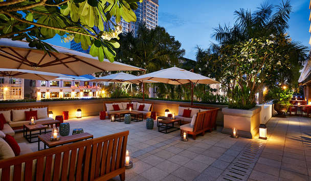 Park Hyatt Saigon: Square One Restaurant Terrace