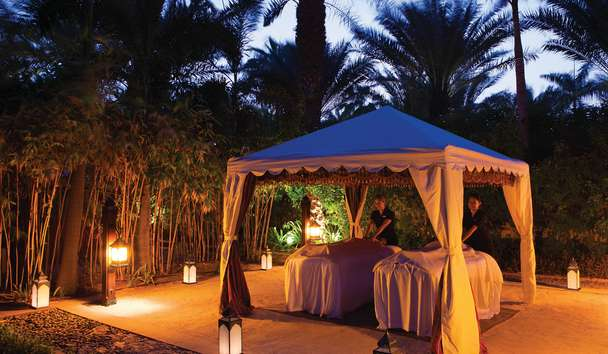 Jumeirah Al Naseem: Couples Outdoor Treatment