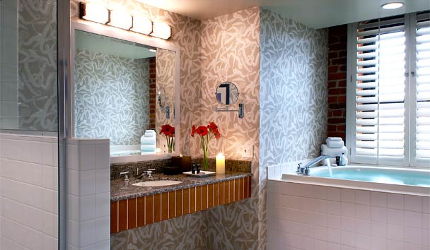 Argonaut Hotel - A Noble House Hotel: Argonaut Suite bathroom