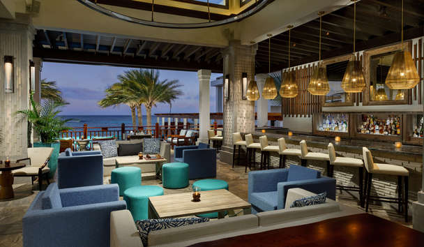 Zemi Beach House: Bar & Lounge