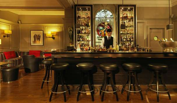 Brown's Hotel: Donovan Bar