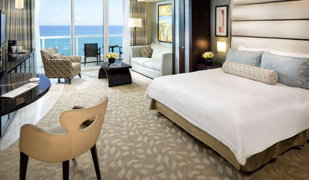 Fontainebleau Miami Beach: Sorrento Junior Suite