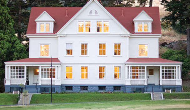 Cavallo Point Lodge: Historic Exterior