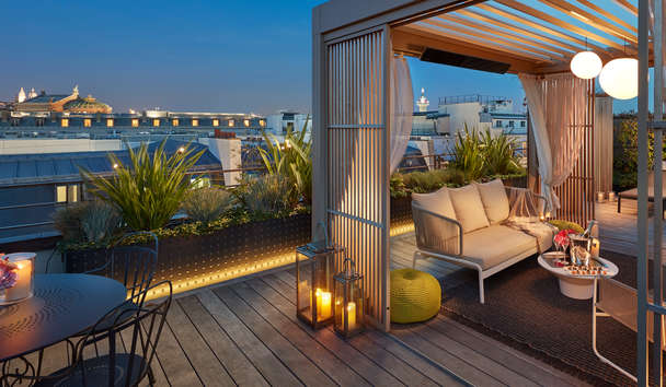 Mandarin Oriental, Paris: Rooftop Terrace at Dusk