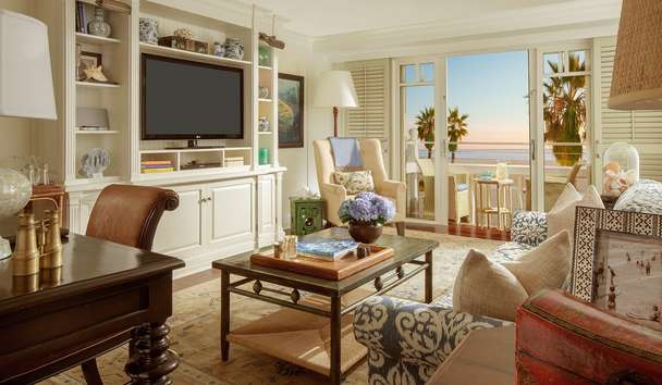 Shutters On The Beach, Santa Monica: Oceanfront Suite Living Room