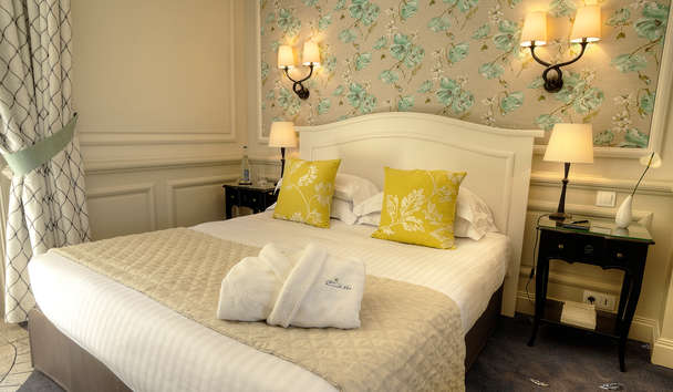 Le Mas Candille: Traditional Room