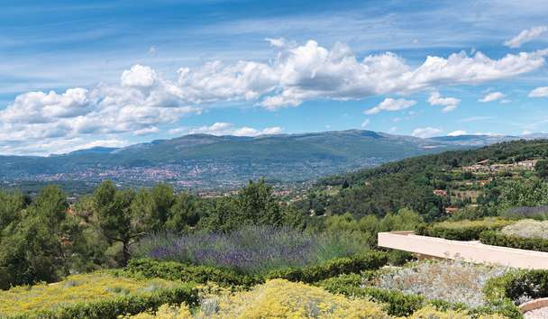 Le Mas Candille: Views of Grasse