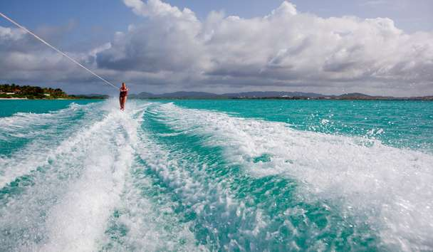 Jumby Bay Island: Waterskiing