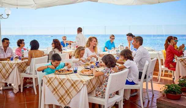Forte Village - Bouganville: Family Dining