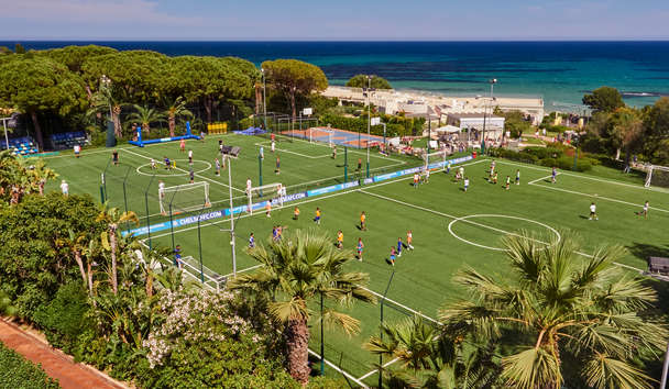 Forte Village - Le Palme: Football Pitches