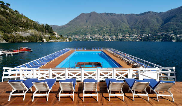 Villa d'Este: Floating Pool