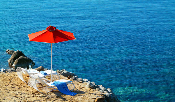 Petasos Beach Resort & Spa: Sun Loungers