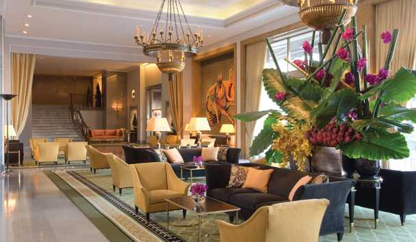 Four Seasons Hotel Ritz Lisbon: Almada Negreiros Lounge