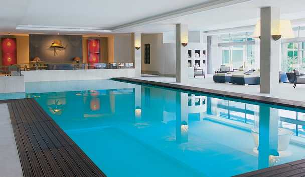 Four Seasons Hotel Ritz Lisbon: Swimming Pool