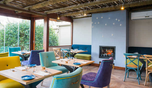 Le Quartier Francais: The Garden Room