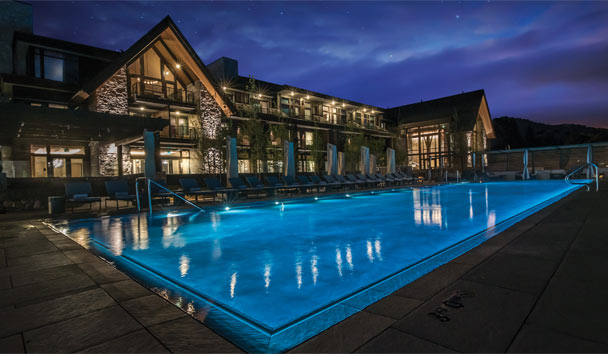Edgewood Tahoe: Exterior and pool