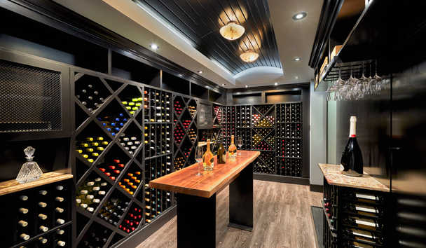 Loews Hotel 1000, Seattle: Wine Cellar