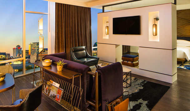 Thompson, Nashville: Suite