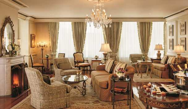 The Ritz-Carlton, New Orleans: Lounge area