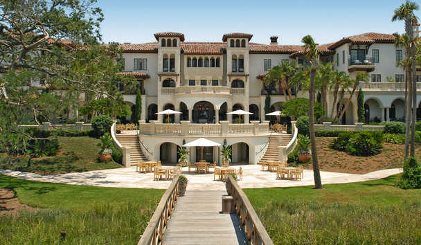 The Cloister at Sea Island: Terrace