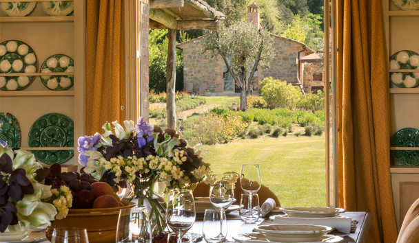 Villas at Rosewood Castiglion del Bosco: Villa Dining