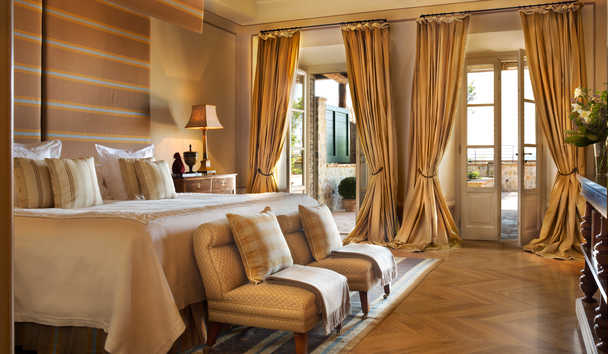 Rosewood Castiglion del Bosco: Terrace Suite Bedroom
