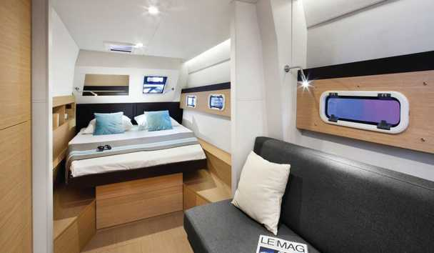 Dream Yacht Charter: Cabin