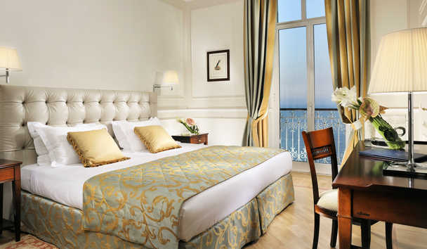 Royal Hotel Sanremo: Superior Room