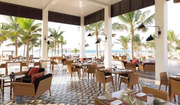 Al Baleed Resort Salalah by Anantara: Outdoor dining