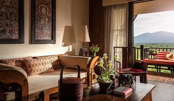 Anantara Golden Triangle Elephant Camp & Resort: Suite Lounge